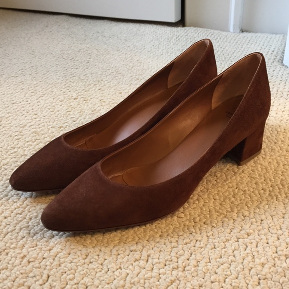 694350bcf0a6 Aquatalia Shoes - NIB Aquatalia suede Pheobe block heel pumps 8.5